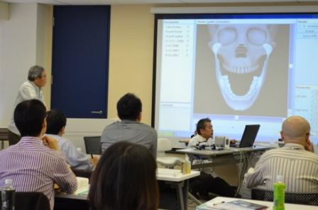 顎関節症ライブ実習コースの様子2