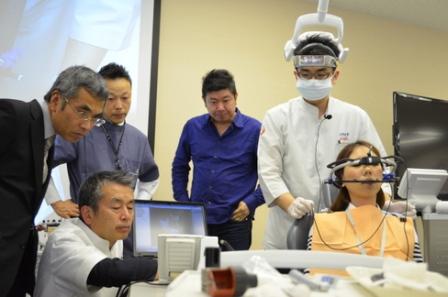 顎関節症ライブ実習コースの様子3